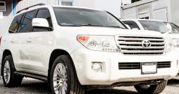 2012 Toyota Land Cruiser AX