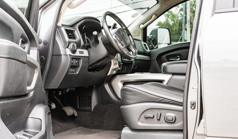 2018 Nissan Titan full